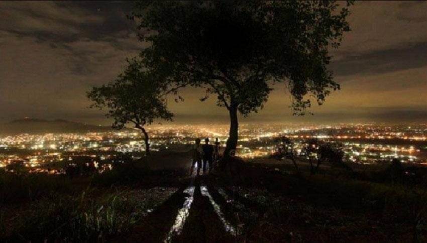 Bukit-tigo-tungku-malam