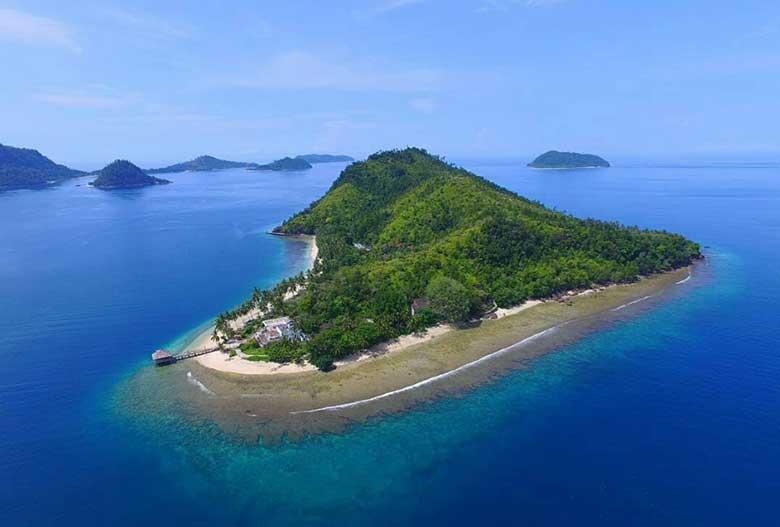 Keindahan Pulau Sikuai