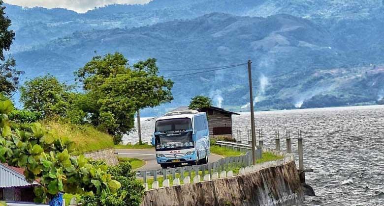 Perjalanan-Menyenangkan-Danau-Singkarak-New