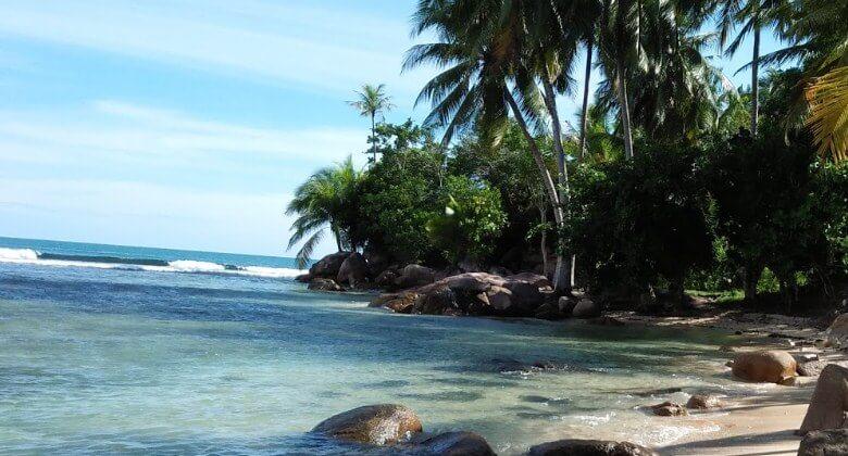 Pantai Batu Kalang Tarusan