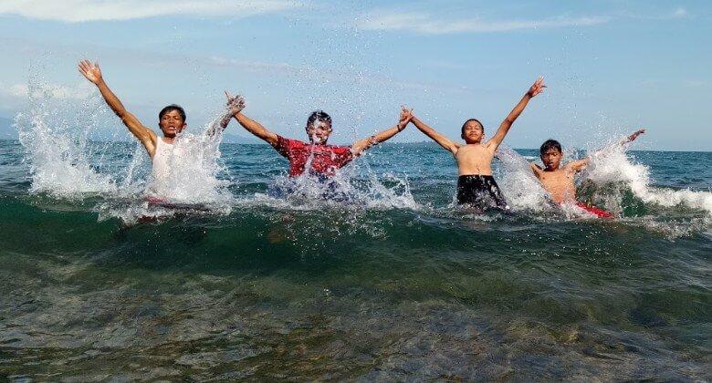 Pantai Batu Kalang Tarusan Sumatera Barat