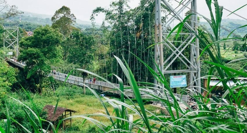 jembatan gantung nagarai tabek sarojo