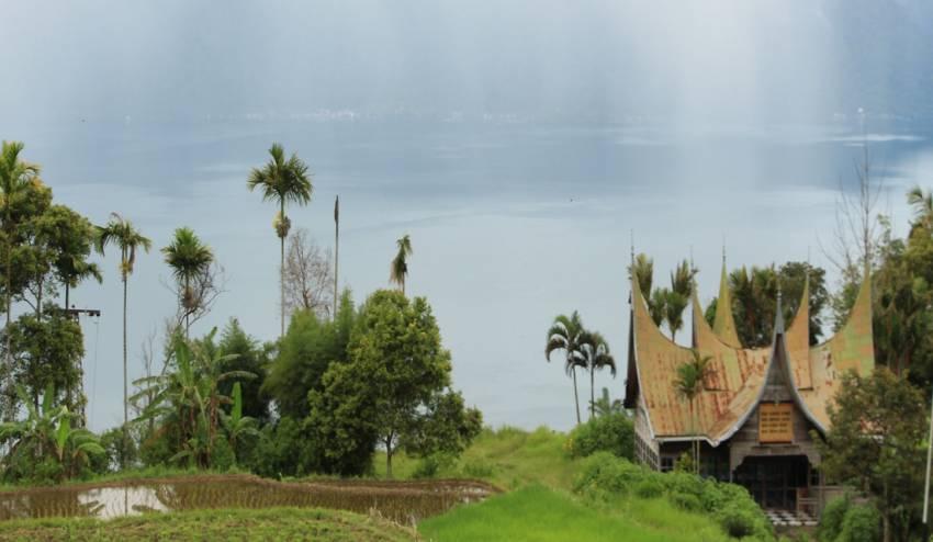 wisata danau padang