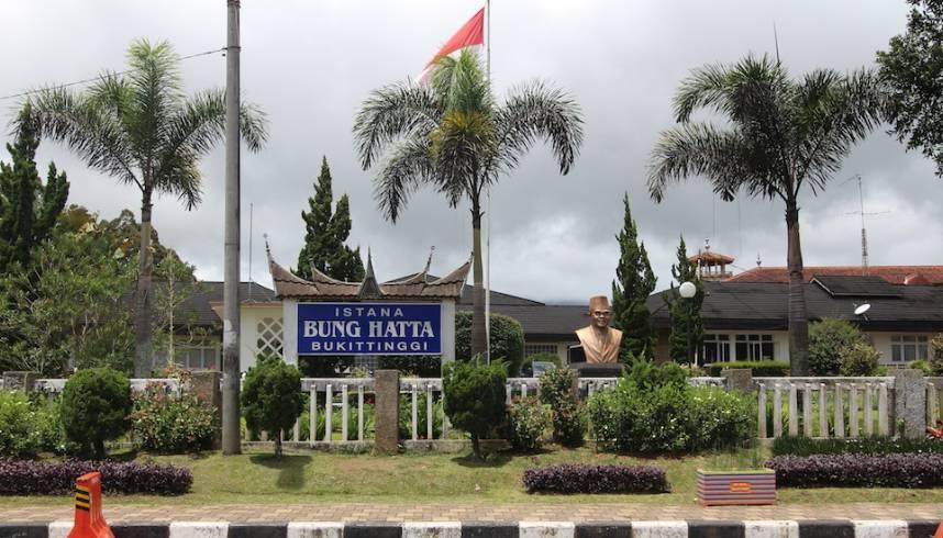 wisata sejarah istana bung hatta