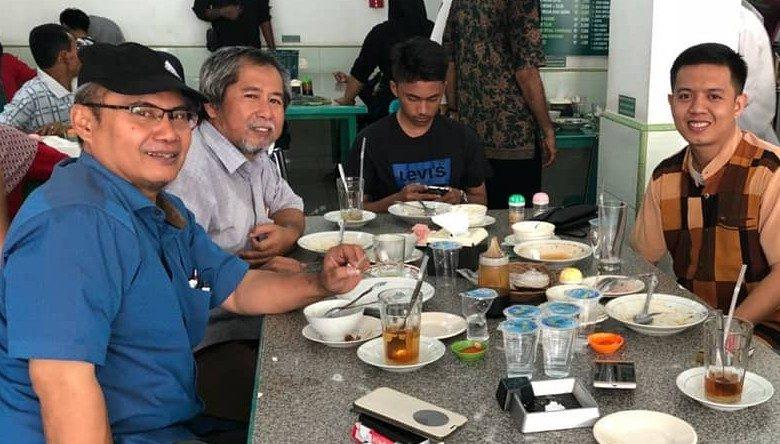 Penikmat Kuliner Bofet Rajawali