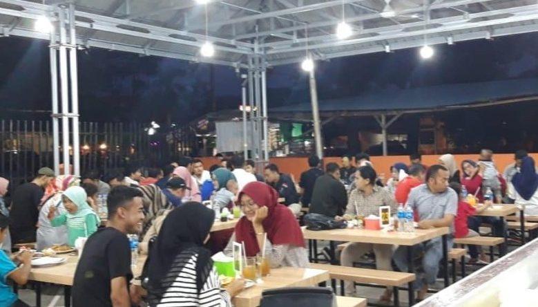 Suasana Restoran Malabar Arham