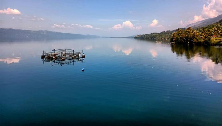 Danau Singkarak Sumatera Barat