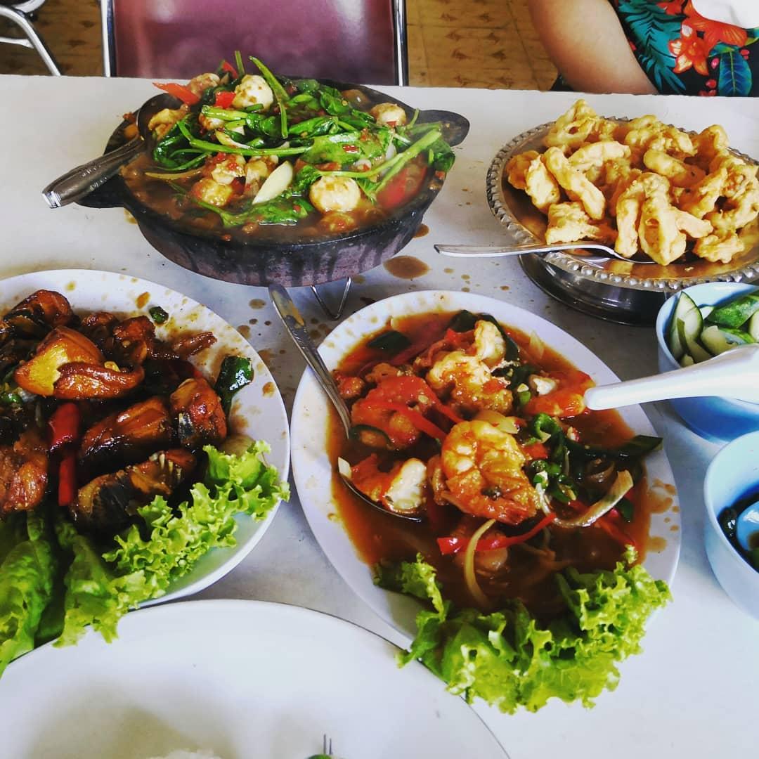 Rumah Makan & Seafood 99