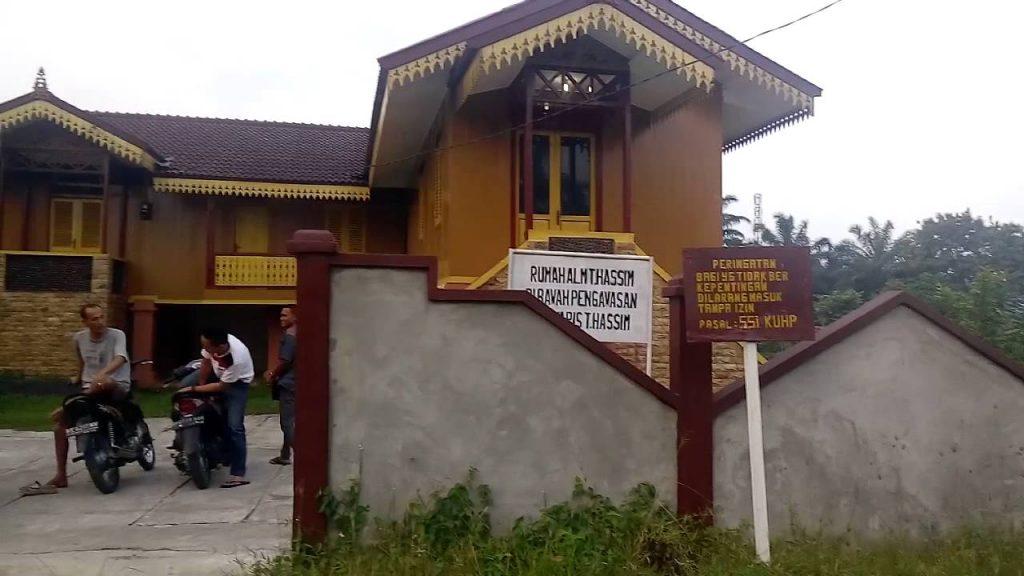Istana Negeri Padang
