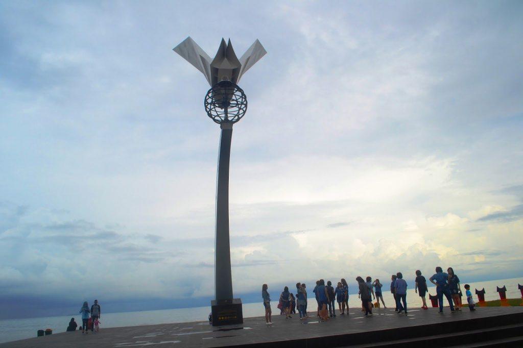 Kawasan Wisata Kuliner Pantai Padang