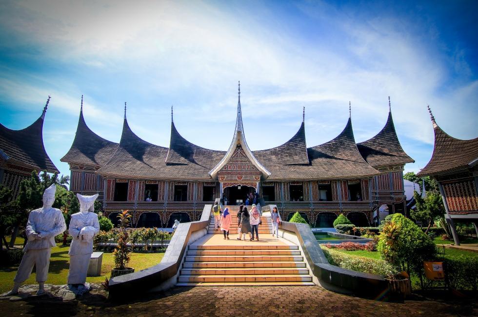 wisata museum adityawarman padang