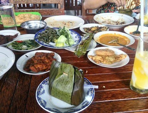 Pondok Ikan Bakar Khatib Sulaiman Kuliner Seafood Lezat di Padang