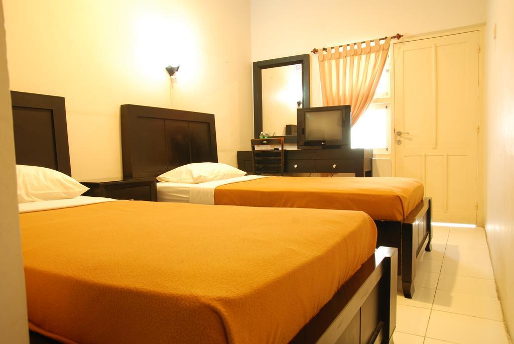hotel di kota padang