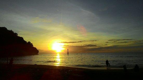 pantai taplau tempat wisata padang bagi pecinta fotografi